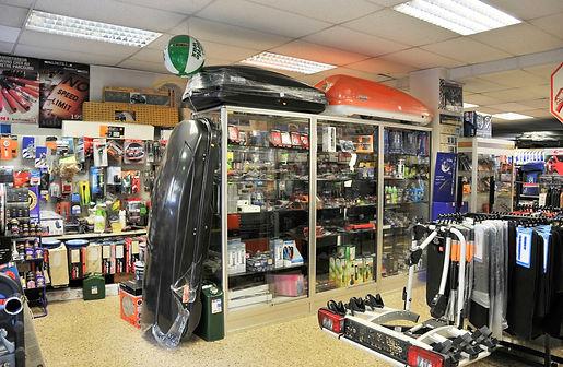 El Bazar de l'automobilisita es una tienda de productos y accesorios para vehículos que se ubica en Santa Coloma. Guía turística Guiand Andorra.