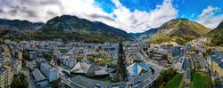 Vista panorámica de Andorra. Alt Serveis Andorra y la Costa Brava