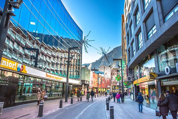 Potencias economicas de Andorra. Parroquias de Andorra. Guía turística Guiand. Descubre los rincones más fascinantes de el Principado.