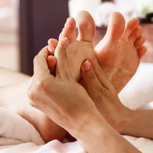 indian-foot-massage-