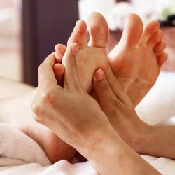 indian-foot-massage-