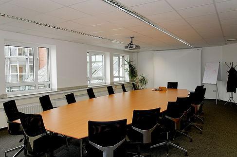 conference-room-338563_960_720.jpg