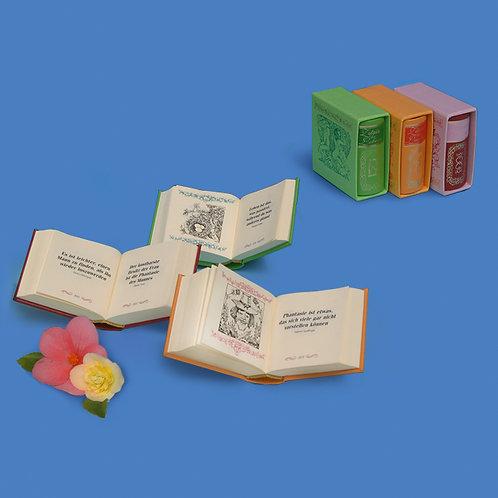 "Miniaturbücher ""Lebe"", ""Liebe"", ""Lache"""