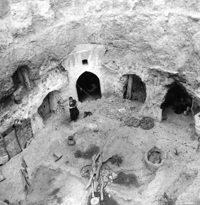 Cave Dwellings of the Gharian Jews