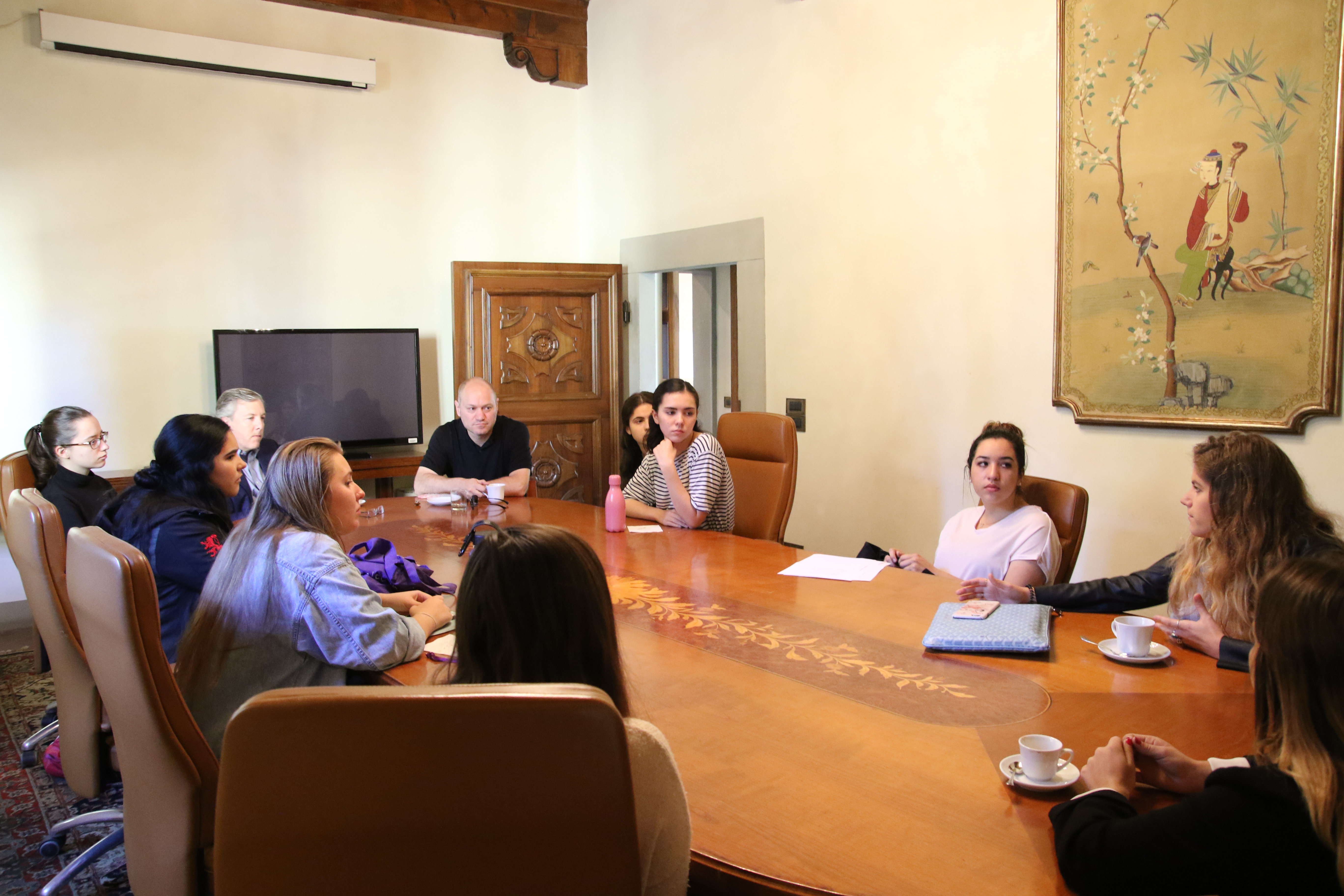 Coffee Table Chats With Students and Speakers
