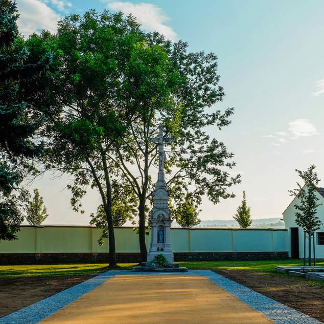 Uprava hřbitova v Kelčicích
