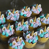 Unicorns!!_#unicorncupcakes