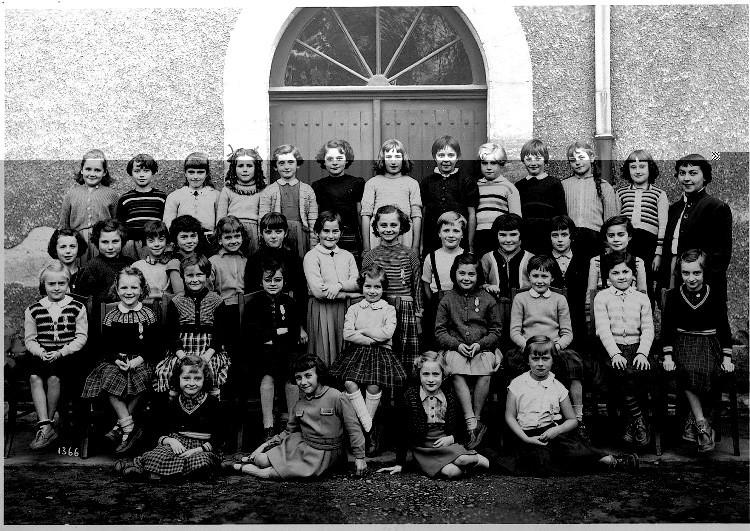1954 - 1955.jpg