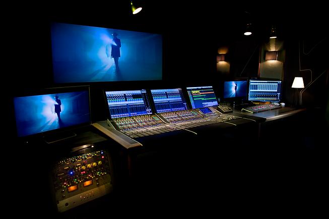 Studio42-.png