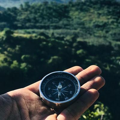 round-grey-and-black-compass-1736222.jpg