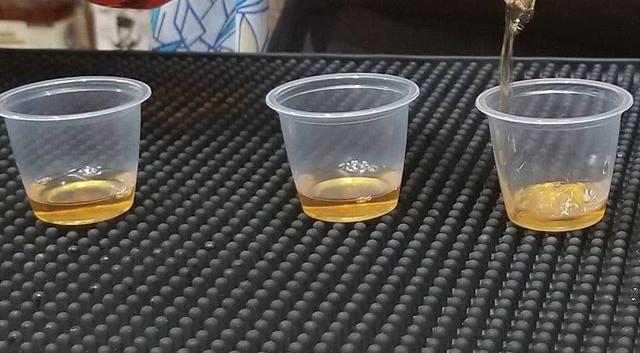 Free whiskey tasting at the Strip Distri