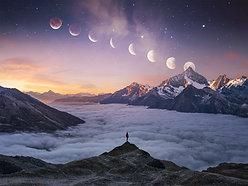 ACRYLIC GLASS ON ALUMINUM BASE Moon Mountain Man