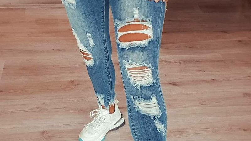 Solid Ripped Skinny Jean Pants