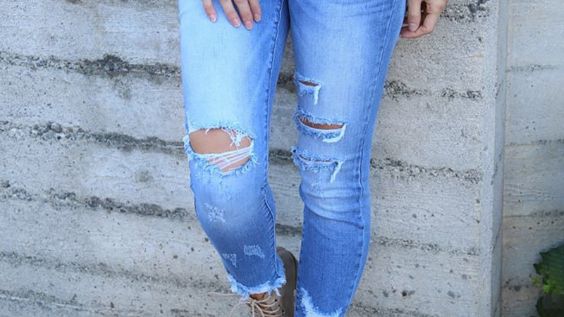 Pocket Design Cut Out Denim Pants