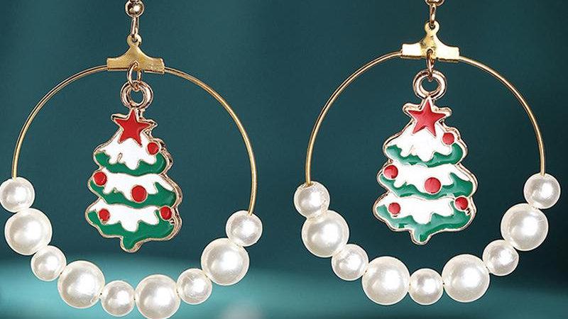 Christmas Socks / Tree / Moose Pattern Beaded Drop Earring