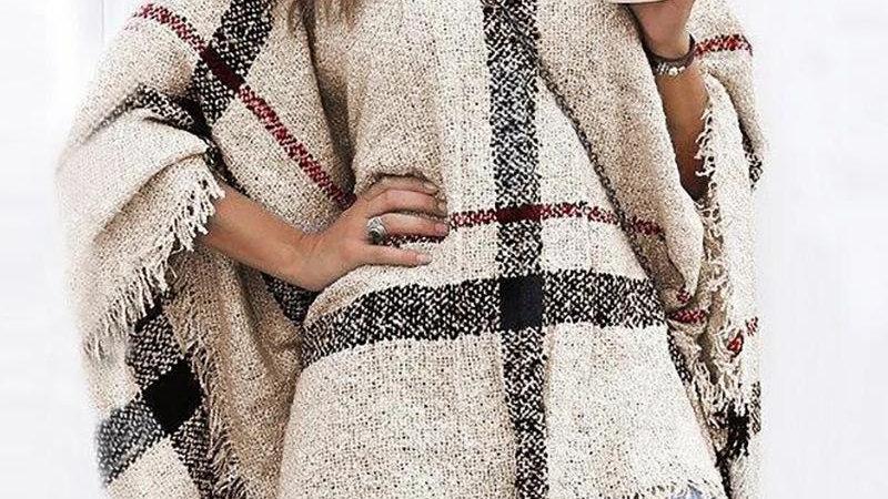 Colorblock Tassel Design Cape Sleeve Knit Sweater