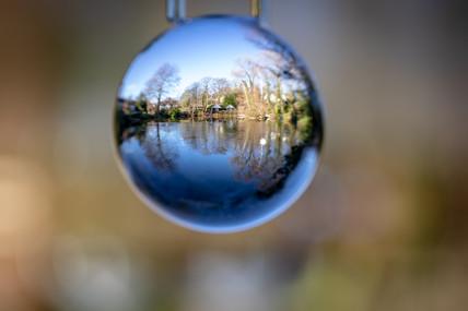 Moor Pool refraction2.jpg
