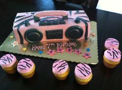 boom box n cupcakes