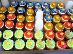 more flower cupcakes