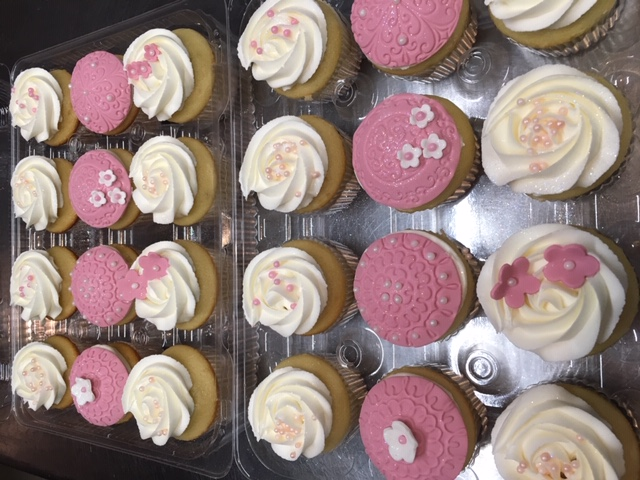 Dusty Rose cupcakes