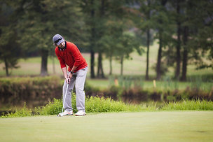 Single Golfer
