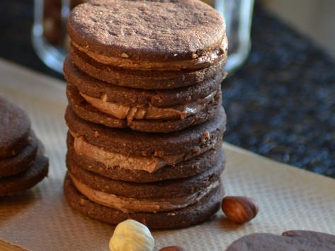 Cokoladni Keksi od Pecenog Lješnjaka /Cocoa-Hazelnut Coins