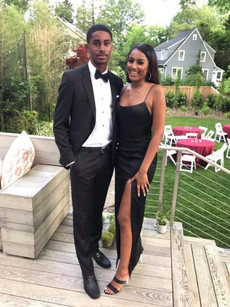 Sasha Obama Is Stunning In Her Prom Gown