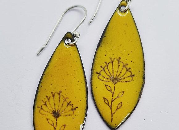 Detailed Enamel Earrings