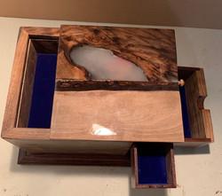 PB#432 Jewelry Box Maple Leaf Embedded Epoxied Lid $75