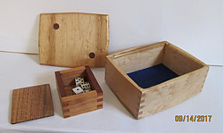 Dice game Box