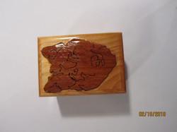 PB#237a Wolf Overlay Box