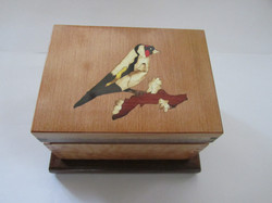 PB#307 French Marquetry Inlay Gross Beak Bird $95