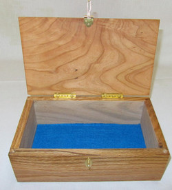 Feather Overlay Box