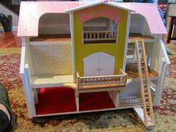 Dollhouse for Bellaku
