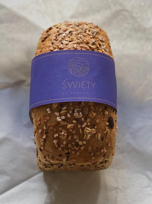 Chleb żytni ze słonecznikiem i siemieniem lnianym