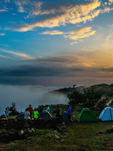 Shiva Valley: Trek To A Beautiful Sunset