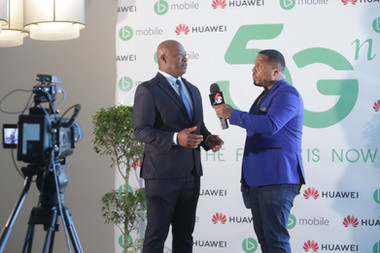 TSTT's CEO, Dr. Ronald Walcott participates in Trinidad and Tobago's first live TV broadcast, over 5G, with presenter 'Jus Jase'. One Caribbean Media partnered with bmobile and Huawei to make this live broadcast over 5G a reality.