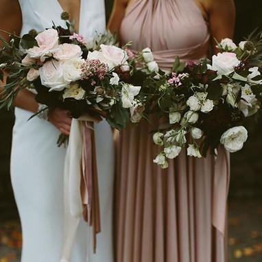 Bride & bridesmaid #autumnflowers #stabl