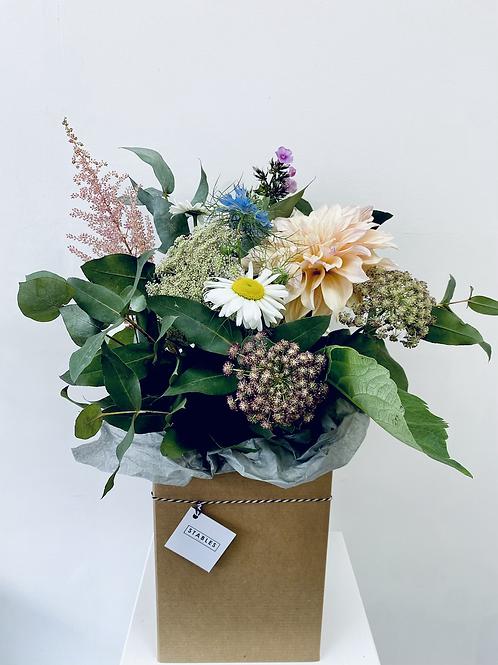 Signature bouquet - 3 sizes, seasonal flowers