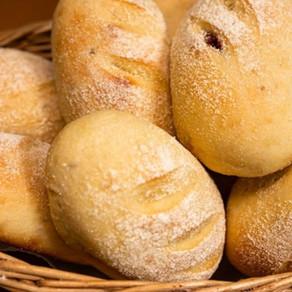 Nossas vendas aumentaram muito com a confecção dos pães que tenho aprendido no curso.