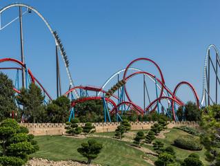 Como está sendo a reabertura dos parques de diversões na Espanha.