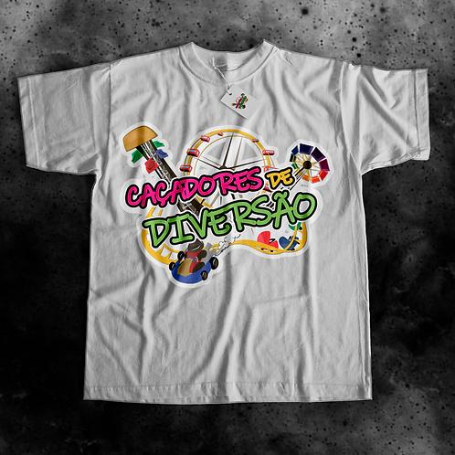 Camiseta Logo Caçadores de Diversão