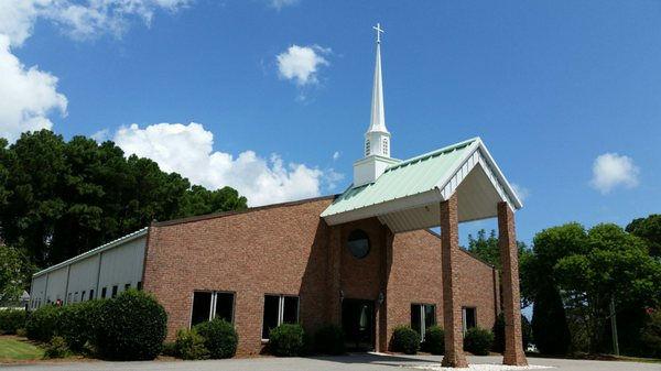 Shoreline Baptist Church building.jpg