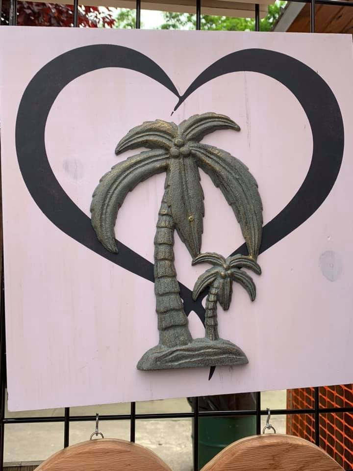Palm Tree Heart.jpg