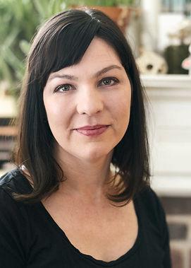 portrait of Shelley Puhak
