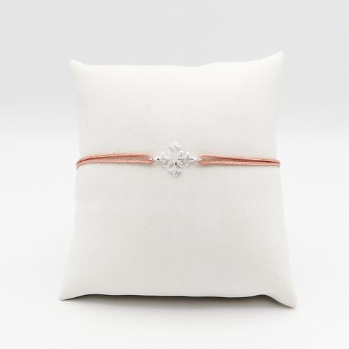 Armband mit Lilienkreuz in Silber
