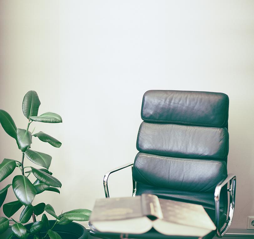 Leyroutz-Stuhl (13 von 16)2.png