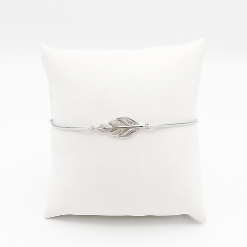 Armband mit Feder in Silber