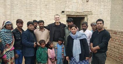 Pakistan - Preaching brick village 2.jpg