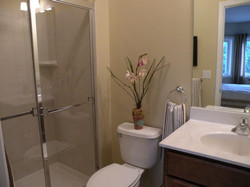 bathroom with decorations